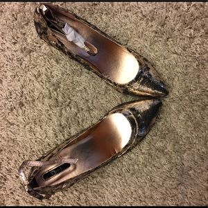 Mark Rose Gold and Black distressed heels