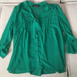 Forever 21 green blouse top
