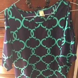 Francesca's hi-low peekaboo sleeve blouse