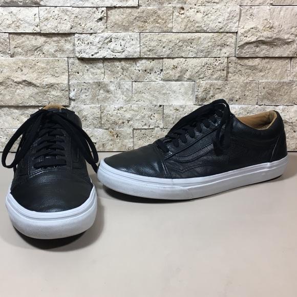 2ec0d99f66 Authentic Vans Lux Leather Old Skool Sneakers. M 5a178ce056b2d6afd404b7ba