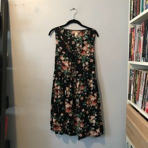 Summer Floral Lace-Up Dress
