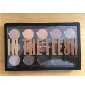 "MAC ""In the flesh"" palette"