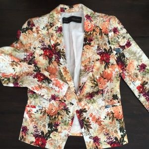 Zara Basic Floral Blazer Jacket Gorgeous!