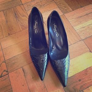 Kenneth Cole faux snakeskin pumps