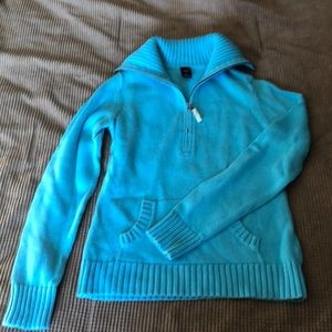Gap pull over sweater