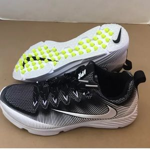 New Men's NIKE VAPOR Speed Sneakers Size 9.5