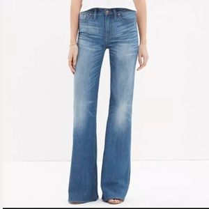 Current Elliot  Girl Crush Dustbowl Flare Jeans