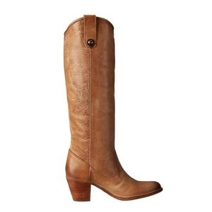 FRYE Jackie Button Leather boots in Natural.