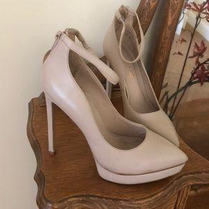 Aldo pumps size 6.5 beige