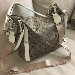 Handbags - Mid size purse