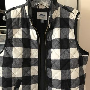 Old Navy White and Navy Checkered Vest