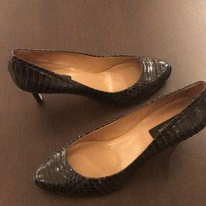 Ann Taylor black snakeskin heels