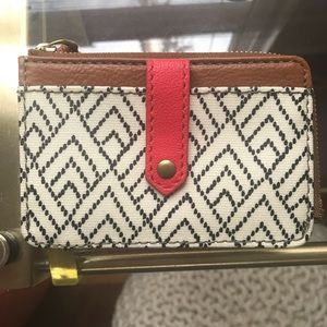 🍁NWOT Fossil Keely Card ID Case Wallet