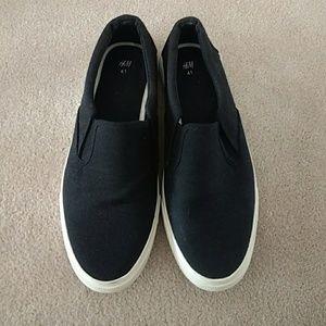 H&M Slip-On Black Canvas Sneaker - Worn Once!