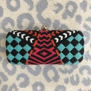 Zara woven patterned clutch