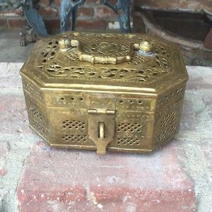 Other - Selling a brass box 60s great for a man