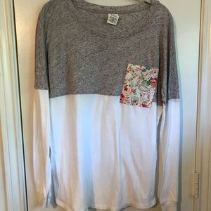 Black/gray long sleeve tee