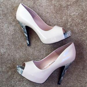 Jessica Simpson Nude Peep Toe Heels