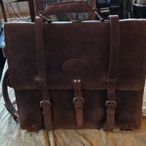 Distressed leather beautiful L/XL backpack