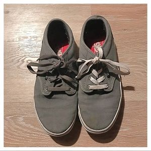 {Vans} Sneakers, 5 (Youth)