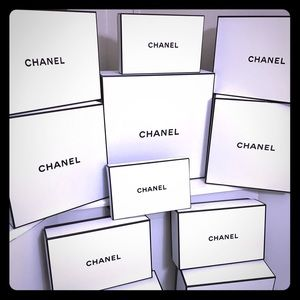 🎈🎈Sale - Two Authentic Chanel Boxes