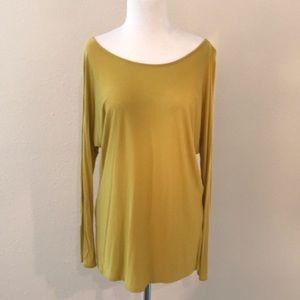 Golden green size s Vince dolman sleeve top
