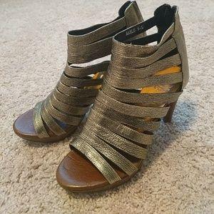 Jeffrey cambell  heels