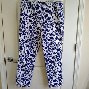 Dana Buchman White Blue Floral Print Denim Size 14