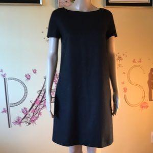 c29b34de041 Max Mara Dresses - MaxMara. Classic Le petite robe noire.