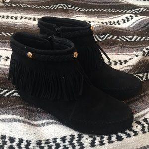 Shoes - Black fringe booties