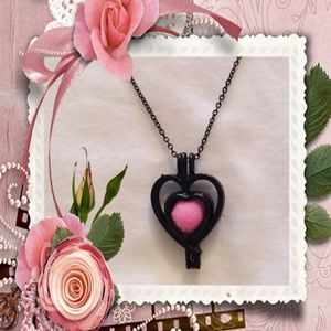 Jewelry - Black double heart cage essential oil necklace