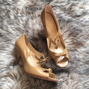 Kate Spade Nude Patent Leather Pumps Double Bows