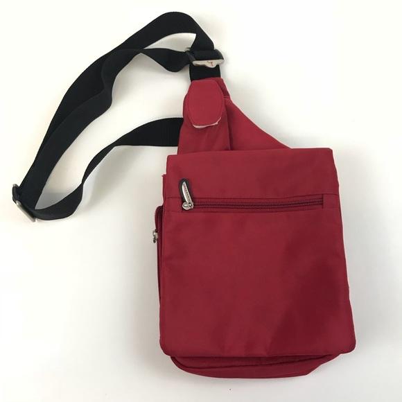 Travelon Shoulder Crossbody Bag Red Compartment. M 5a1722e96d64bc17290377e8 2285c2d382