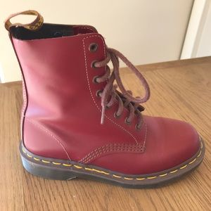 Dr Martens Red 1460 8-eye boot