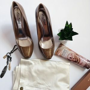 🔸Brown Patent Heels 🔸