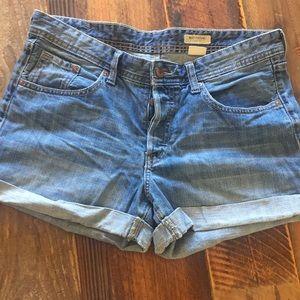 Boy friend fit jean shorts