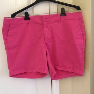 Old Navy pink regular shorts