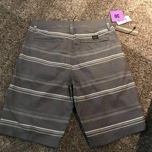 Oniell board shorts NWT