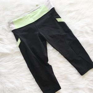 Lululemon Mod Moves Cropped Leggings