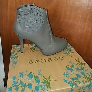 ♦🔹New in box ankle boots🔹♦
