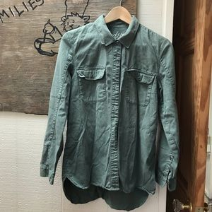 100% cotton olive green Madewell button-up, size S