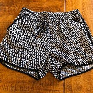 Cynthia Rowley - Black & White Shorts - Size Small
