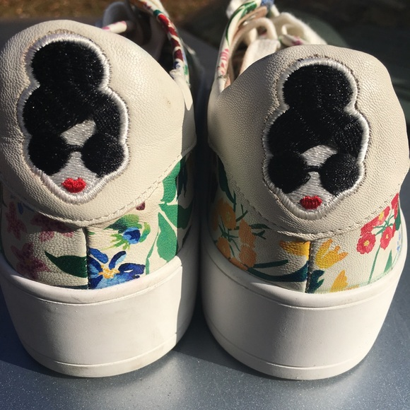 7bf6a4c370cd Alice + Olivia platform sneakers