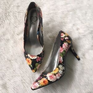 Owanda Pumps Floral