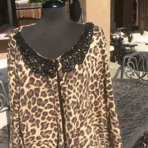 😍Beaded Leopard Sweater😍