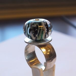 Unique Sterling Silver Ring With Clear Color Ball,