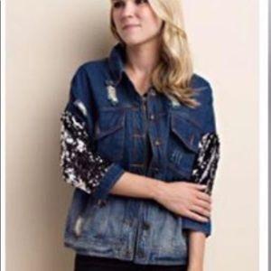 Jackets & Blazers - 🆕Destroyed Denim Sequin Sleeved Jacket. Large