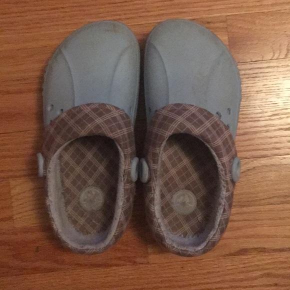 c4113186f9f3 CROCS Shoes - Gender-neutral winter crocs (Woman- 7)