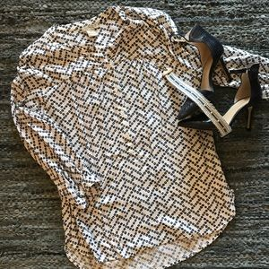 🆕 listing!  Lucky Brand blouse - Size M