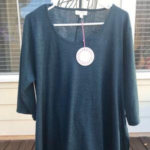 Beautiful dark teal Umgee loose fit top, Size L.